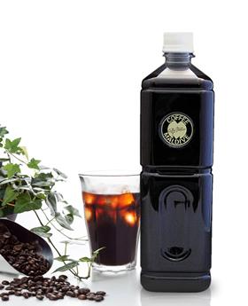 ▲ボトルに詰めたダッチコーヒーを、通販サイトでも販売中。そのレビューは星5満点中4.83の高得点。